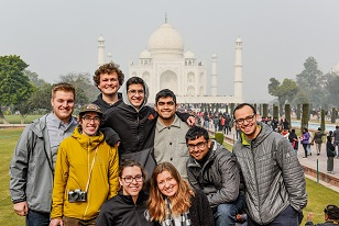 3Taj-Mahal-Group.jpg
